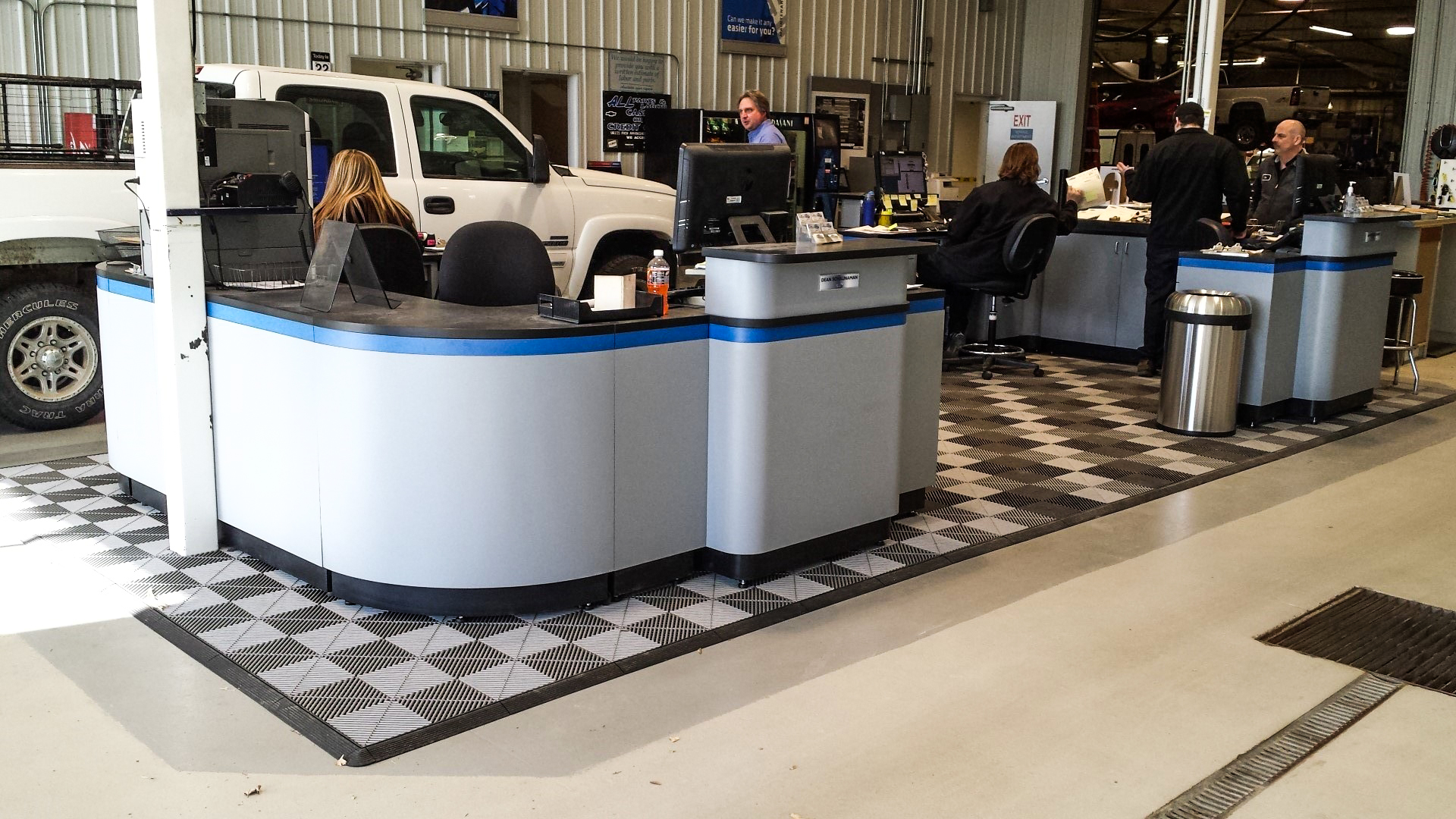 Lust Automotive - Ribtrax Tiles